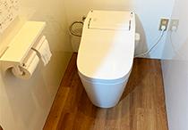 トイレ及び内装工事